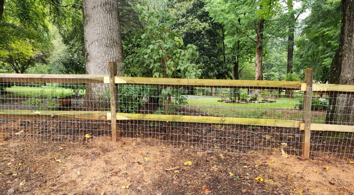 What Is the Best Fencing for Farm Animals